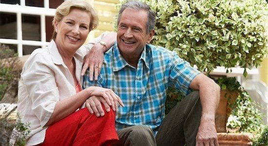 Quel est l'âge moyen des seniors sur les sites de rencontre en ligne ?